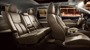 2015 Nissan interior