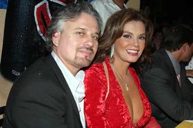 <!--:es-->Se divorcia Lucía Méndez<!--:-->