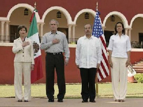 <!--:es-->Promete Bush Reforma Migratoria Integral<!--:-->