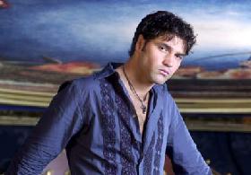 <!--:es-->Valentino Lanús estrena romance! …»Estoy muy feliz con mi noviecita, dijo»!<!--:-->