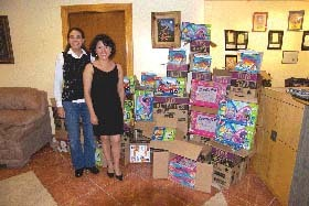 <!--:es-->Donación de juguetes para Jonathan's<!--:-->
