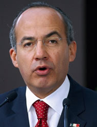 <!--:es-->Candidatos de EEUU luchan por ser antimexicanos: Calderón<!--:-->