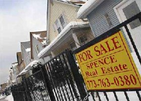 <!--:es-->Houses are cheaper, so why aren't you buying?<!--:-->