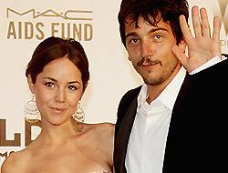 <!--:es-->Diego y Camila se casaron …Se rumora que la pareja contrajo nupcias<!--:-->