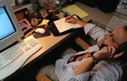 <!--:es-->La adicción al trabajo, también destruye …Muchos la aplauden, pero es un problema<!--:-->