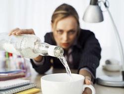 <!--:es-->¿Eres un alcohólico? Detecta si estás atrapado en la adicción<!--:-->