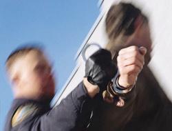 <!--:es-->Policía con poder extra en Arizona! …Temen más arrestos y deportaciones<!--:-->