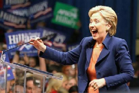 <!--:es-->Clinton Needs Texas Latinos to Rescue Her Embattled Candidacy<!--:-->