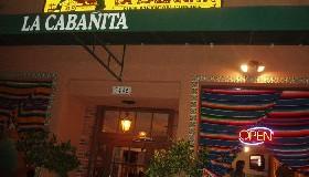 """<!--:es-->Restaurante """"La Cabañita"""", los frutos de un negocio familiar que seduce a Hollywood . . . Empresario latino conquista a estrellas de cine!<!--:-->"""