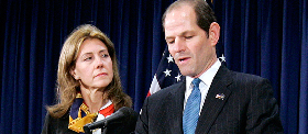 <!--:es-->Spitzer resigns in disgrace over scandal<!--:-->