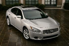 """<!--:es-->All-New 2009 Nissan Maxima Recaptures Its Place as the True """"4-Door Sports Car"""" Premium Performance Sedan<!--:-->"""