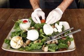 <!--:es-->Italy defends mozzarella, Japan blocks imports<!--:-->