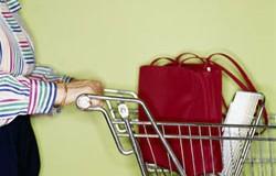 <!--:es-->Peligrosa Combinación Económica: Suben los Precios, Bajan los Salarios!<!--:-->