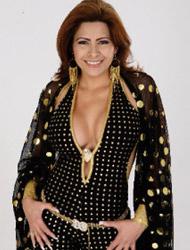 <!--:es-->Carmen Jara presume su amor …Se declara enamorada de un 'madurito'<!--:-->