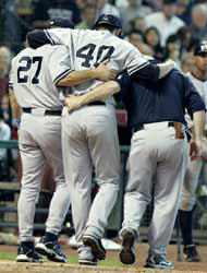 <!--:es-->Wang fuera al menos por 6 semanas …Los Yankees extrañarán a su pitcher<!--:-->
