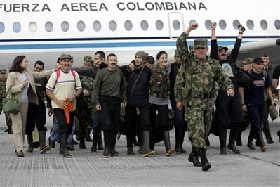 <!--:es-->Betancourt: Rescue in Colombia was 'impeccable'<!--:-->