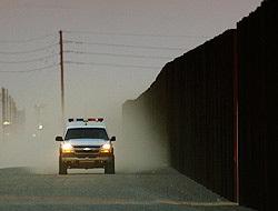 <!--:es-->Muro afectará vida en área fronteriza …Gobierno de EEUU admite impacto ambiental<!--:-->