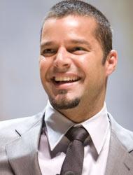 <!--:es-->Ricky Martin es padre de Gemelos!!!<!--:-->