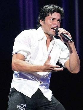 <!--:es-->Chayanne felicita a Ricky Martin por sus hijos<!--:-->