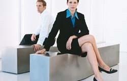 <!--:es-->Las Mujeres siguen ganando menos! …Reciben 78% del salario de los hombres<!--:-->