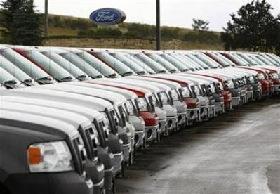 <!--:es-->GM, Ford, Toyota post U.S. sales decline<!--:-->
