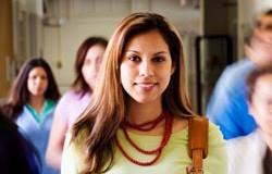 <!--:es-->Latinos hacia el college  . . . Cada vez más piensan en la universidad<!--:-->