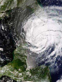 <!--:es-->Evacuations begin in Texas ahead of Hurricane Ike<!--:-->