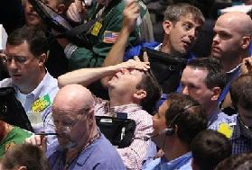 <!--:es-->Pánico en Wall Street – La Bolsa perdió hoy 455 puntos!<!--:-->