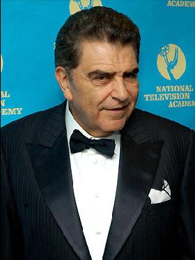 <!--:es-->Hay Don Francisco para rato   …El animador chileno dijo que aún no tiene planes de retirarse de la televisión<!--:-->