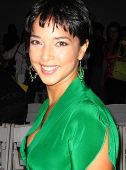 <!--:es-->Adamari López se solidariza con Lorena Rojas<!--:-->