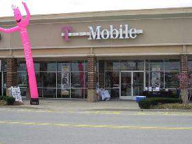 <!--:es-->Deutsche Telekom admite el robo de datos de 17 millones de clientes de móvil<!--:-->