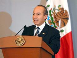 <!--:es-->Calderón listo para la cumbre del G-20  . . . Pide reglas claras en sistema financiero<!--:-->