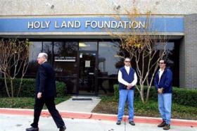 <!--:es-->After mistrial, US jury mulls Muslim charity terror case<!--:-->