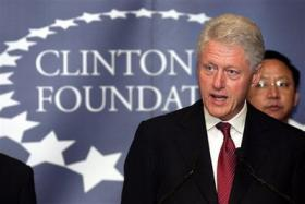 <!--:es-->Bill Clinton may give up foreign income<!--:-->