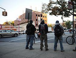<!--:es-->Otro muerto en NY – Odio racial contra inmigrantes!<!--:-->