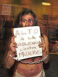<!--:es-->Violencia familiar genera migración a país vecino!<!--:-->