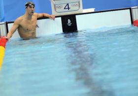 <!--:es-->Michael Phelps aprendió la lección . . . Del escándalo de marihuana<!--:-->