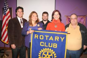 <!--:es-->Inauguran Club Rotario con inspiración Latina en Collin County . . . El ideal del club Rotario es seguir ayudando a la comunidad del norte de Texas. Latinos de todos los países se han unido en esta noble causa.<!--:-->