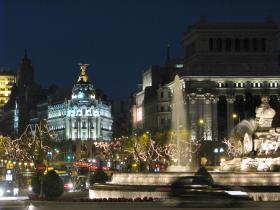 <!--:es-->La Plaza de Cibeles …lugar turístico por excelencia en Madrid España<!--:-->
