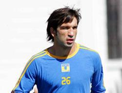 """<!--:es-->""""Kikín"""" iría a Chivas USA El delantero analizará la oferta<!--:-->"""