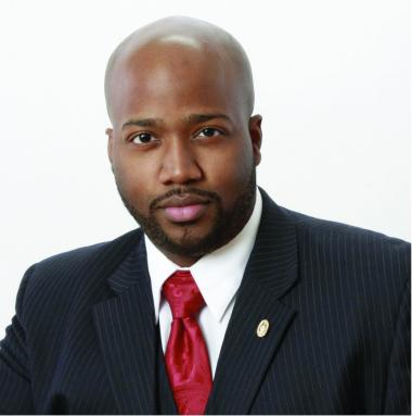 "<!--:es-->Levar ""L.D."" Thomas 