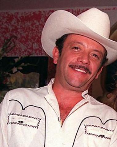 <!--:es-->Murió Pedro Infante Jr. …Tenía más de un mes hospitalizado en LA<!--:-->
