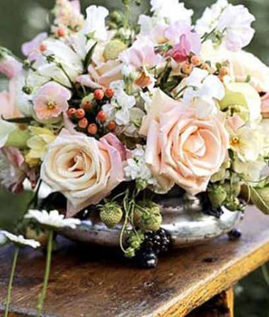<!--:es-->Arreglos con Flores de tu Jardín …No Gastes Más, aprende a Hacerlos!<!--:-->