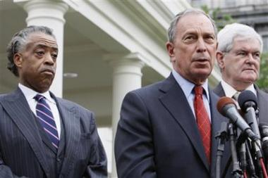 <!--:es-->Obama meets with Sharpton, Gingrich, Bloomberg<!--:-->