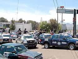 <!--:es-->Narcoalcaldes en Michoacán …28 funcionarios detenidos por nexos con narco<!--:-->