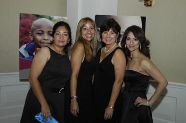 <!--:es-->GLORIA TOSTADO RECONOCIDA POR EL ST. JUDE CHILDREN'S RESEARCH HOSPITAL<!--:-->