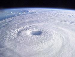 <!--:es-->EEUU listo para temporada de huracanes!<!--:-->