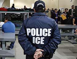 <!--:es-->ICE violó la Constitución – Detenidos ganan demanda!<!--:-->