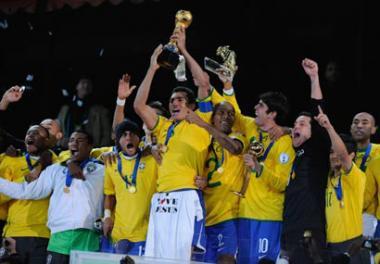 <!--:es-->Brasil ganó la Confederaciones! … EEUU se quedó cerca de la gloria<!--:-->
