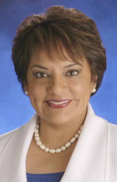 <!--:es-->NOMBRAN A Pauline Medrano  Vicepresidente del Comité Consultivo del Censo 2010<!--:-->